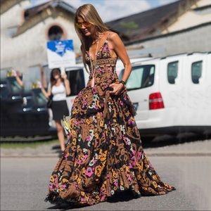 Dresses & Skirts - 5 🌟Fave! Sofia la Reina / Vibrant Velvet Gown